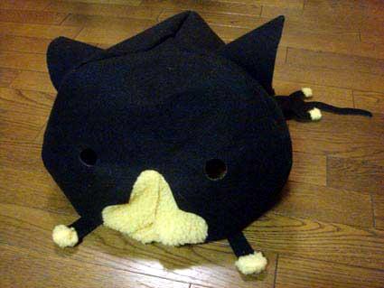 手作り猫型猫ベッド