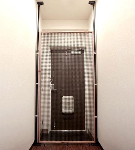 猫脱走防止扉