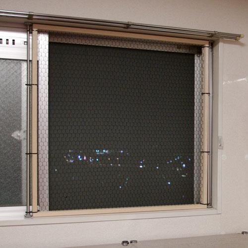 猫 窓 脱走防止