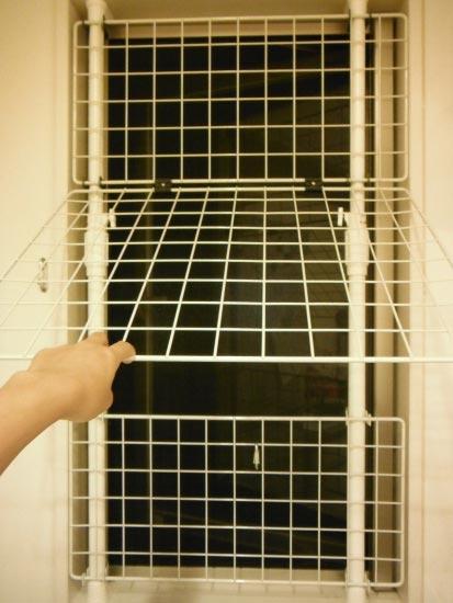猫脱走防止窓